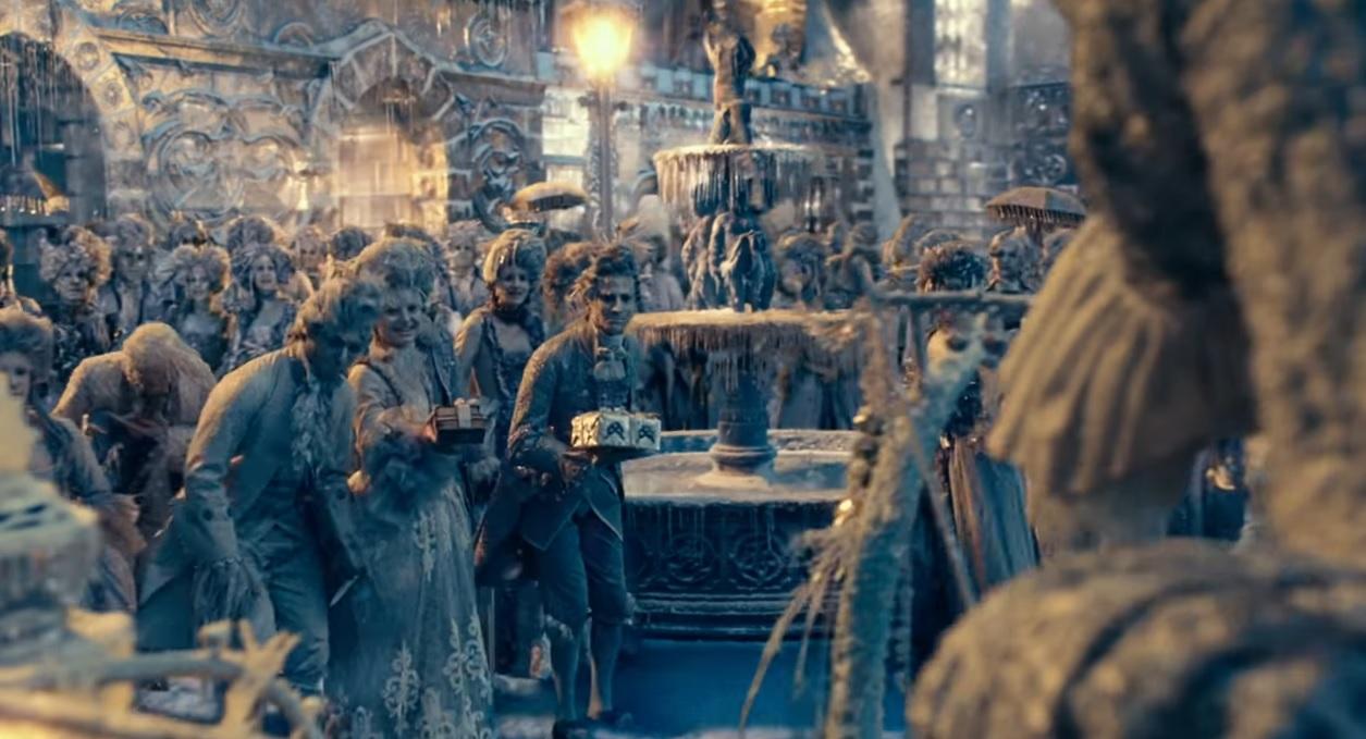 Lo Schiaccianoci e i Quattro Regni - La terra dei fiocchi di neve - The Nucracker and the Four Realms - Film Disney - anno 2018 - Clara - Mackenzie Foy