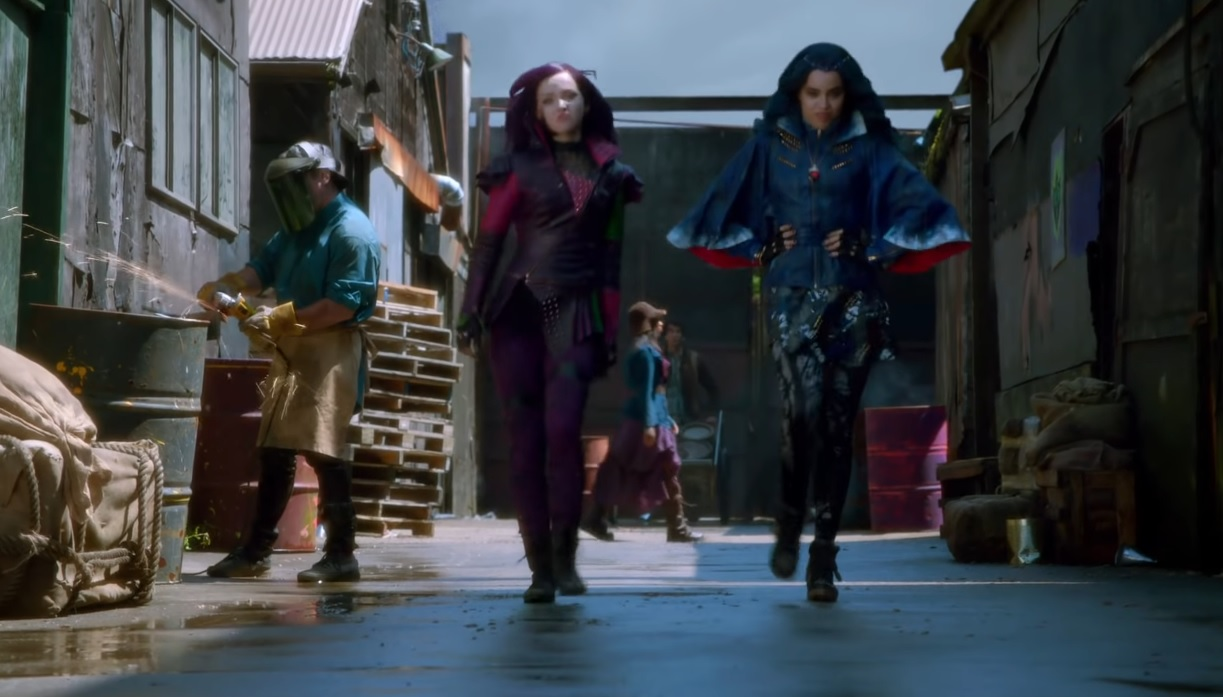 descendants rotten to the core testo - descendants rotten to the core lyrics -  Decendants Rotten to the Core - Dove Cameron, Cameron Boyce, Booboo Stewart e Sofia Carson - Soundtrack - colonna sonore - canzoni - songs
