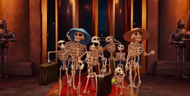 Hotel Transylvania 3 Una vacanza mostruosa - Film di animazione 2018 - Sony - La famiglia osso