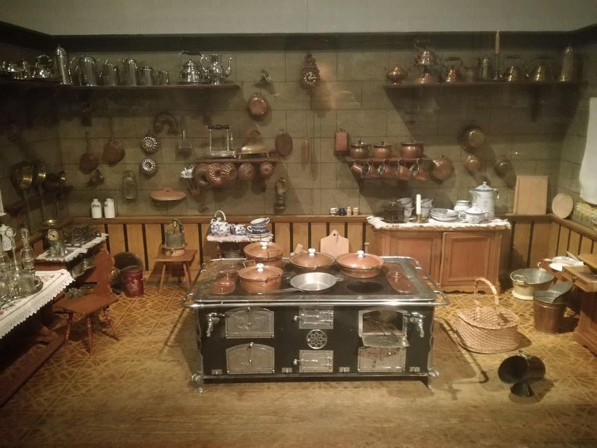 Museo dei giocattoli Norimberga - Cucine delle bambole - storia delle cucine delle bambole- musei bambini