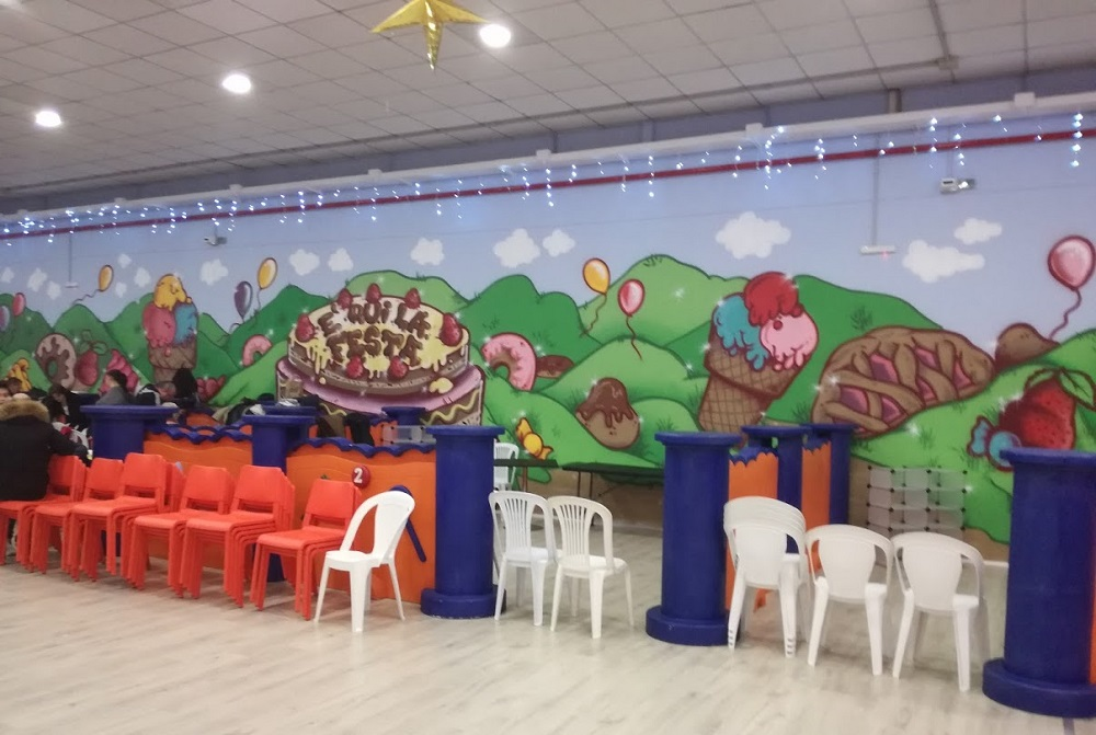 Feste compleanno bambini Roma Junior Village - parco giochi coperto - gonfiabili - ristorante bambini roma - pinseria Roma - schiuma party